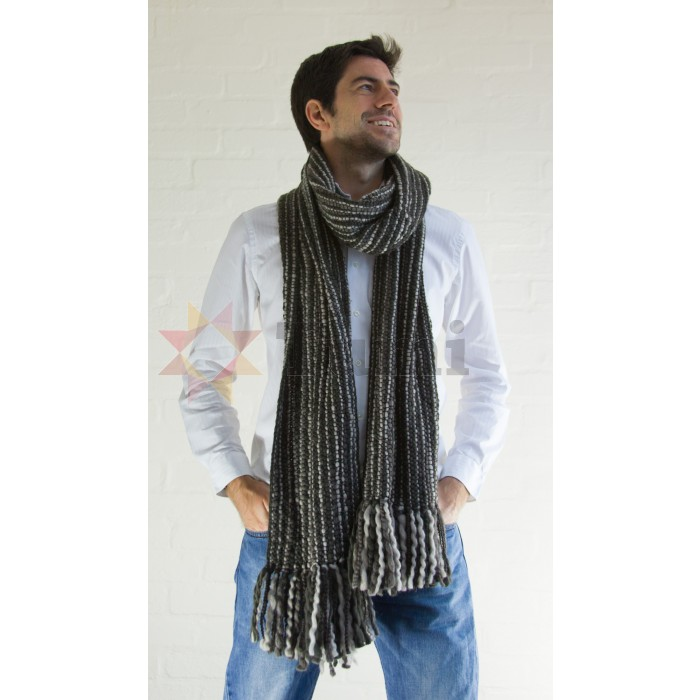 From a classic men's checked scarf to a timeless plain scarf, we have scarves Show more for men which will suit all styles and tastes. Make a statement with your accessories and layer your look with a men's scarf from our range.