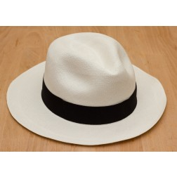 Tumi Fino Panama Hat